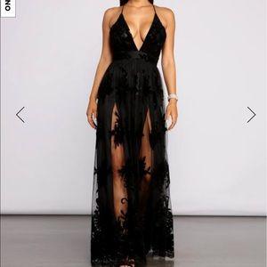 Windsor formal black dress